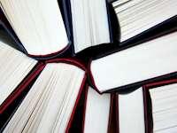 Böcker sedda ovanifrån
